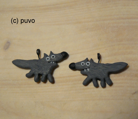 Wölfe aus Fimo als Kettenanhänger / Ohrringe, design by puvo productions